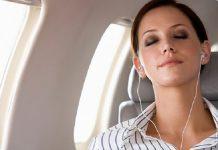ù tai khi đi máy bay