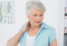 Tự dưng bị đau cổ: Nguyên nhân và cách điều trị hiệu quả