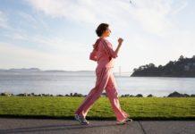 Đau thần kinh toạ có nên đi bộ không?