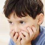 Những dấu hiệu phát hiện trẻ tự kỷ mẹ cần quan tâm