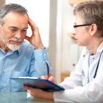 Nhận biết dấu hiệu xuất huyết não ở người già