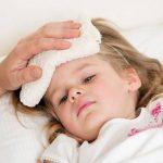 Trẻ bị sốt: Chăm sóc trẻ thế nào tốt nhất?