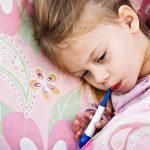 Trẻ bị cảm lạnh, vấn đề đau đầu của các bà mẹ