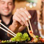 Tiềm ẩn ung thư dạ dày trong thói quen ăn uống người Việt